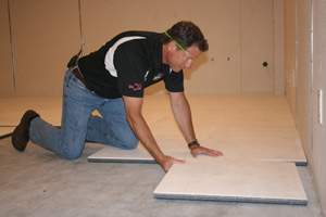 Installing ThermalDry® insulated floor decking in Columbia