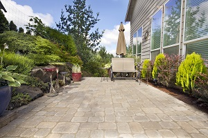 Paver patios look great and are easy to repair